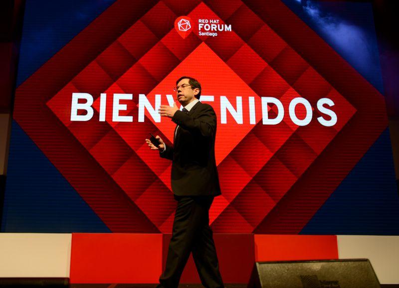 Carlos Bustos, Country Manager de Red Hat para Chile y Perú.